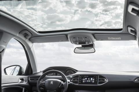 Panoramaglastaket på nya Peugeot 308