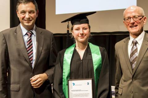 Eine WALTHER-Erfolgsgeschichte: Absolventenpreis für WALTHER-Mitarbeiterin