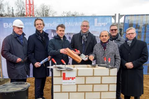 Frankfurt: Scandic feiert Grundsteinlegung des Hotels im Hafenpark Quartier