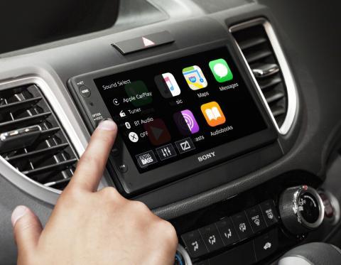 Älypuhelimeen yhdistettävä auton audiojärjestelmä tarjoilee uutta maustetta ajamiseen