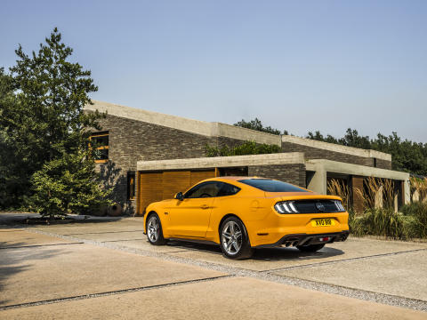 FORD MUSTANG 2017 (34)