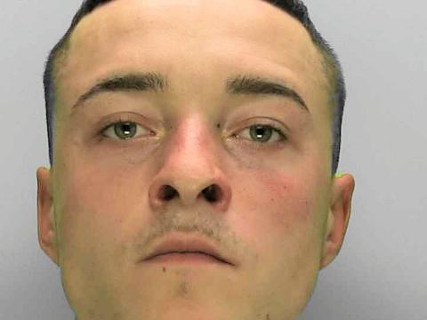 Prison sentence for man carrying drugs who attempted to flee from police
