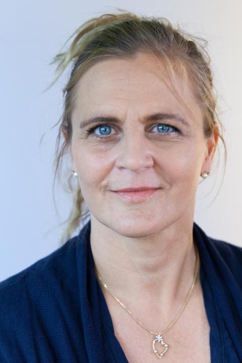 Tina Thörner, Your Academy