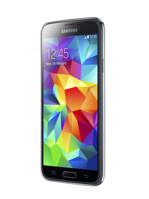 Samsung Galaxy S5 äntligen i svenska butiker