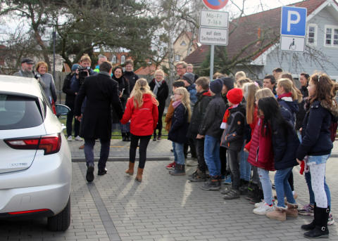 Elterhaltestelle Grundschule Am Blumenhag Bernau