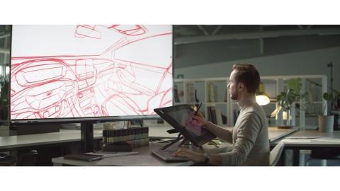 Bez tužky a papíru? Díky 360° skicování mohou designéři navrhovat interiér z pohledu řidiče