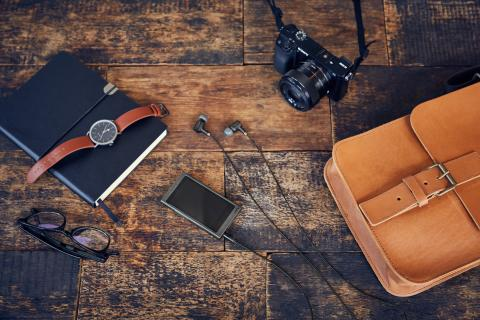 Sony_NW-A35_A35HN_Lifestyle_02