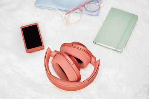 h.ear_on_2_Wireless_NC_R_foldable