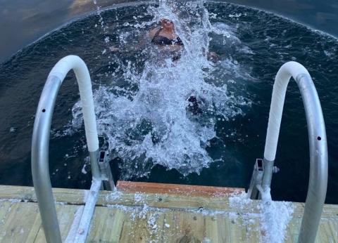 Badstue gir varm velkomst til sirkulær omstilling på Svalbard