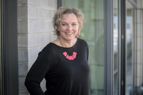 Nicole Bitter, Senior Management Programm F+P Fliesen und Platten