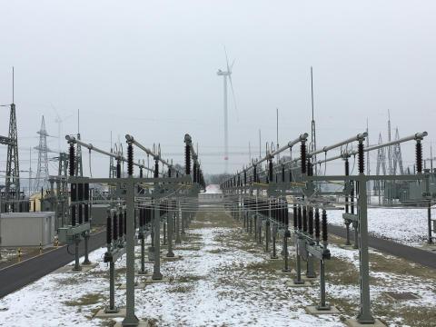 Bayernwerk erneuert Hochspannungsanlage des Umspannwerks Würgau