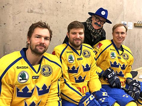 Mustaschkampen tar hjälp av Tre Kronor för att påverka mansrollen