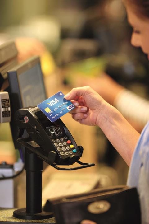 Kontaktloses Bezahlen mit Visa Kassenterminal