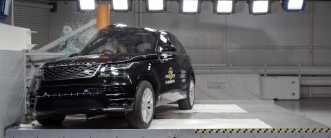 Range Rover Velar - Pole crash test 2017