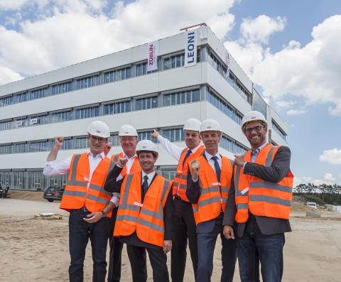 "ZÜBLIN and Leoni celebrate topping-out ceremony for ""Factory of the Future"""
