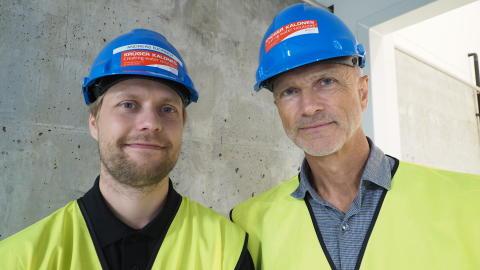Andreas Bjørnøy, displinleder elektro og automasjon i Krüger Kaldnes, og Tommy Svelland, Field Sales System Integrators