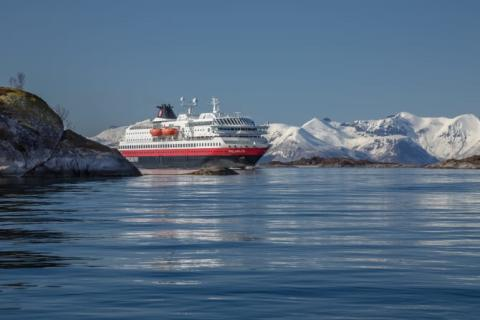 Hurtigruten tests biodiesel that potentially can change the shipping industry