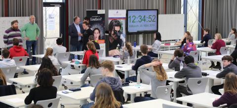 """Schülerolympiade """"Chemie – die stimmt!"""" erstmals in Louisenlund"""