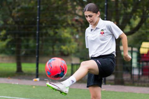 Football, female