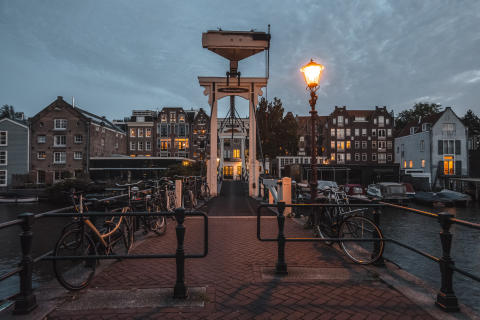 Prinseneiland Bridge_Sony_Alternative_Guide_To_Amsterdam