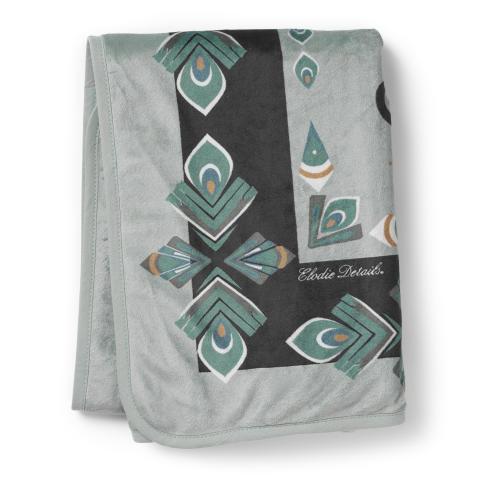 AW18 - Pearl Velvet Blanket Everest Feathers (folded)