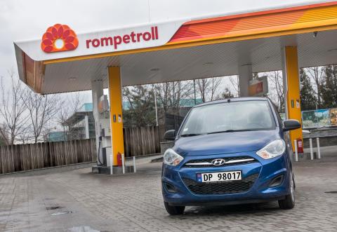 Bilprodusent lanserer eget drivstoff