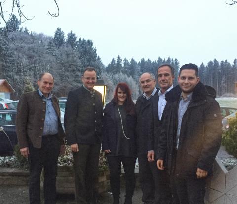 Bayern: Glasfaser-Gipfeltreffen der Bürgermeister