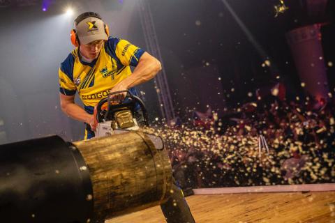 Ferry Svan skriver historie under VM i Timbersports