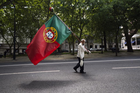 Kenton Thatcher, a7R IV, flag