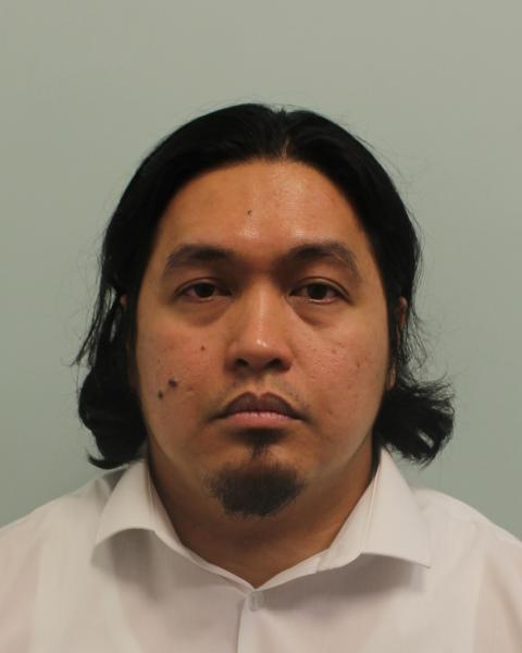 Sales clerk who stole £16,000 from Heathrow store given suspended jail sentence