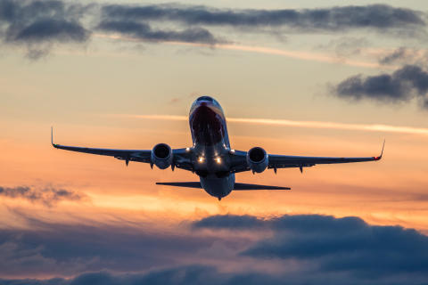 Nyt on ennätyshalpaa lentää Eurooppaan