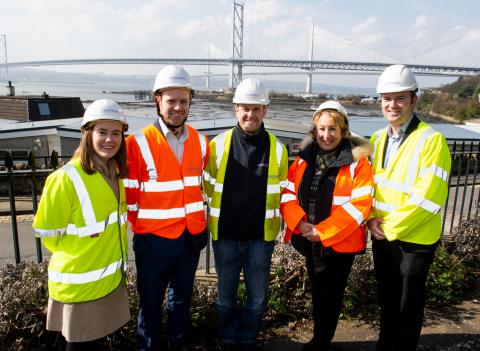 Annabelle Ewing MSP connects with high-speed broadband