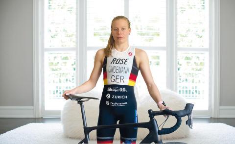 Ab ins Home-Training: Zurich unterstützt Triathlon-Vereine mit Spendenfahrrad