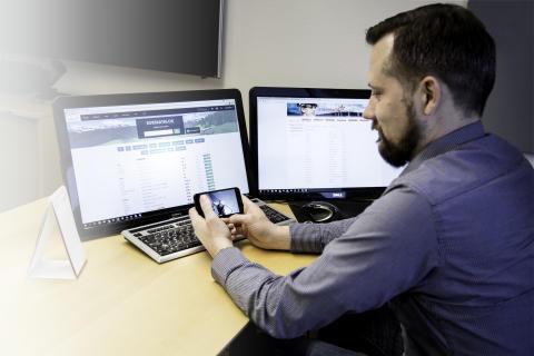 Har du prøvd å ta e-læringskurs på mobilen? Det fungerer bedre enn du tror!