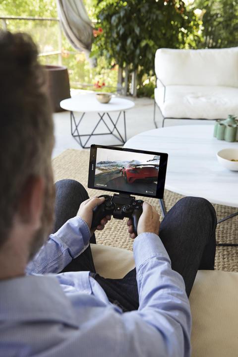 Доступно приложение для функции PS4™ Remote Play.