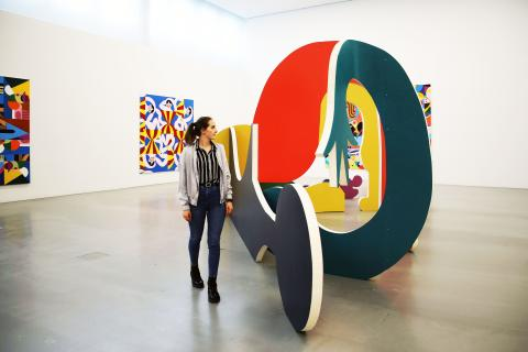 """Ausstellung """"Crippled Symmetry"""" im MdbK - Blick in die Ausstellung"""