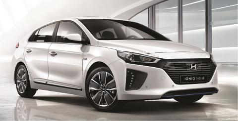 Ny el-bil vinner designpris for utseende og bruk av lettvektsmaterialer