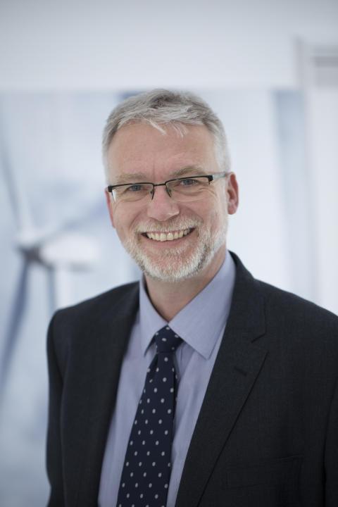 Michael_Voigt-Schneider_Electric_1
