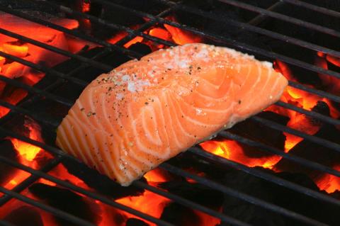 Norwegian salmon exports worth NOK 31.5 billion in first six months of 2017