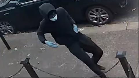 BOR1068-21 Suspect 05