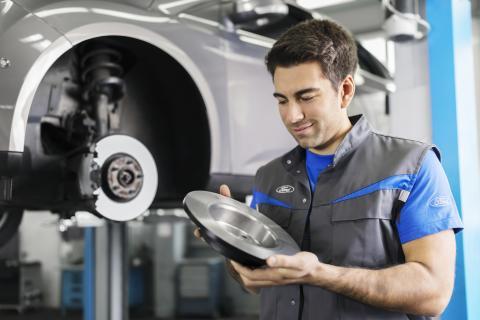 Český Ford láká mechaniky pomocí náborového videa