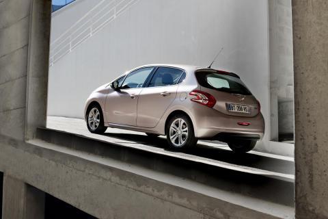 Peugeot 208 – nya generationens småbil