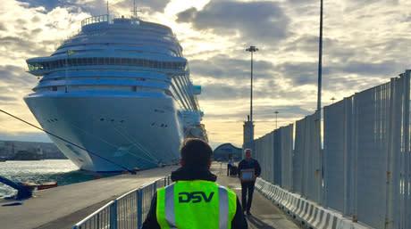 Cruise ship quayside_DSV_460x257px
