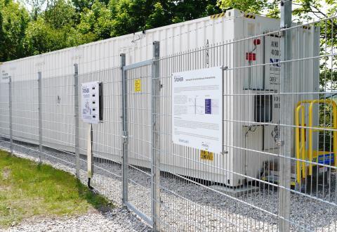 Bayerns_erster_Regelenergiespeicher_Garching_Newsroom_1