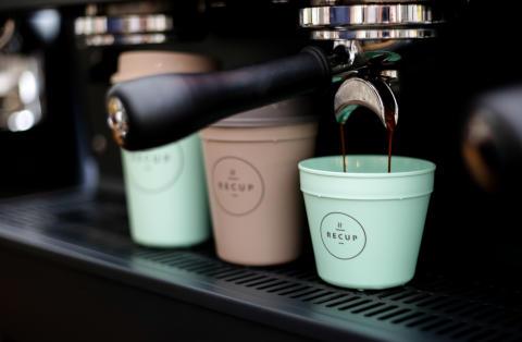 Ab 1. März gibt es Coffee-to-go-Mehrwegbecher in Stadt und Landkreis Reutlingen