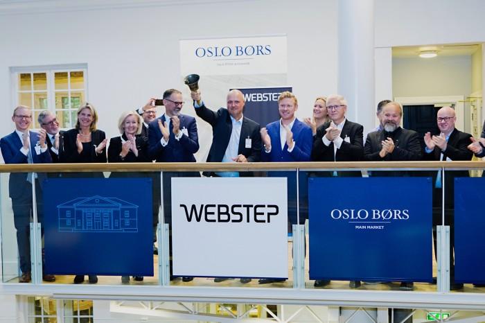 Ringte i gang WSTEP-tickeren på Oslo Børs denne uken. Nå skal konsernsjef Kjetil Bakke Eriksen og Webstep ansette flere eksperter.
