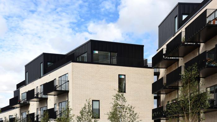 I Aabybro har man anvendt Lindab Kliktag som facademateriale