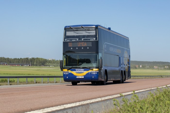 Transdev fortsätter köra regionbussar mellan Umeå och Haparanda fram till 2021