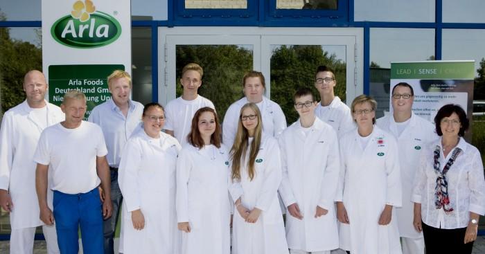 Sieben neue Auszubildende starten am Arla Standort Upahl ins Berufsleben