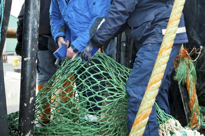 HaV omorganiserar fiskerikontrollen på västkusten